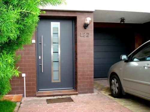 01-doors-03