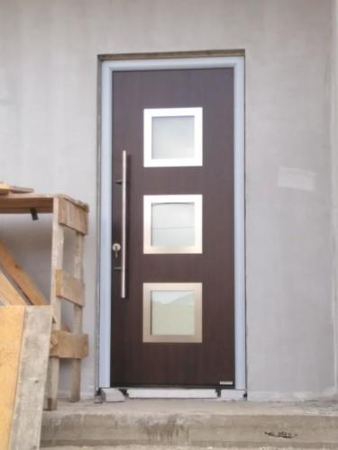 01-doors-08
